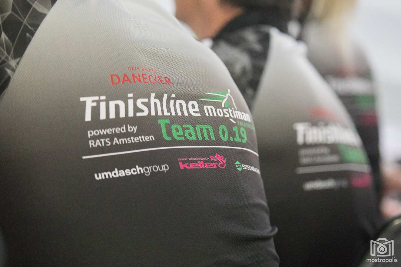 101_Danecker-Finishline-Team-0.19.JPG